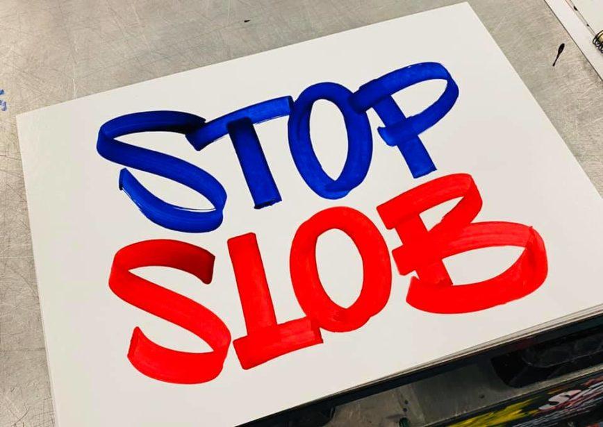 Protest Signs voor onderwijsstaking, Zutphen, Algemene Onderwijsbond (AOb),